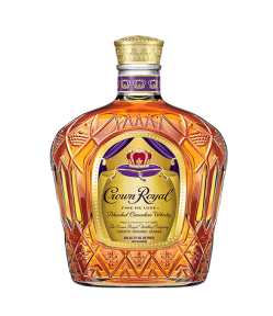 Crown Royal Blended Whisky. Blended Canadian Whisky. Gradazione alcolica 40,0%.