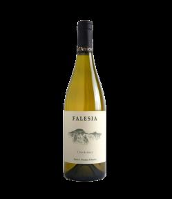 Al palato il vino Chardonnay Falesia Lazio annata 2017, si presenta ampio e generoso, di grande eleganza con un finale salino e delicatamente tostato.